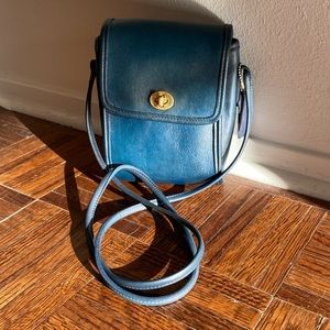 VINTAGE COACH 👜 90's Scooter Crossbody in Navy